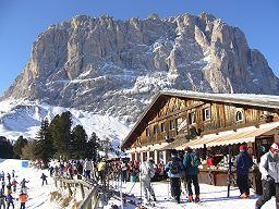 Skiurlaub in den Dolomiten bei Wolkenstein